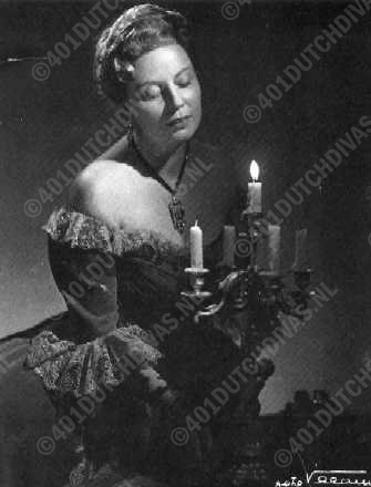 Magda Olivero as Adriana