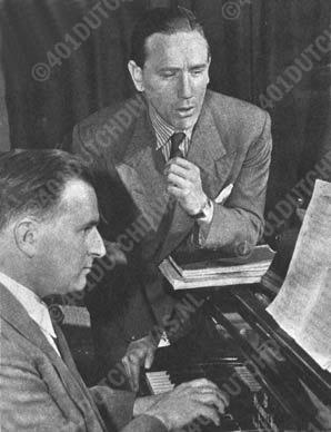 ... Studeren en repeteren behoort tot het dagelijkse werk van een operazanger ...